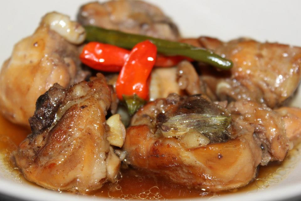 Gà kho gừng - Braised Chicken with Ginger